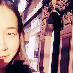 Photo of Eunsong Kim.