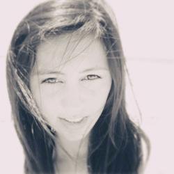 Photo of Kat Li.
