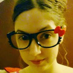 Photo of Nikki Murray.