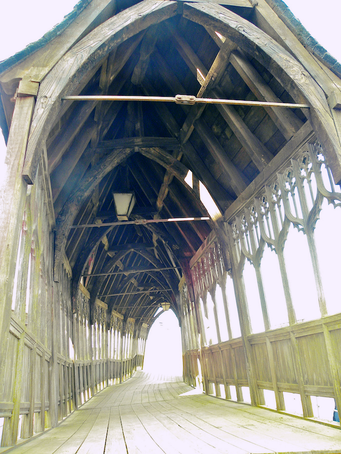 Interior of the Hogwarts bridge referenced earlier in the piece.